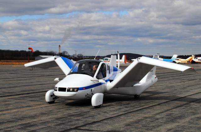 Terrafugia's first flying car should finally go on sale in 2019