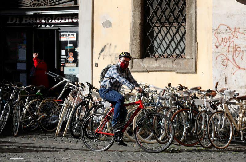Coronavirus: 853 décès de plus en Italie, record depuis le 28 mars