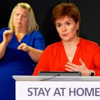 Nicola Sturgeon threatens five-mile legal travel limit after thousands of Scots flout new lockdown rules