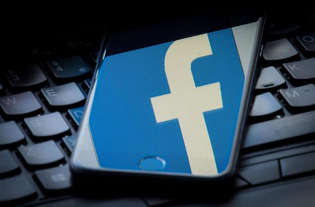 Facebook bans hundreds more pages relating to Myanmar conflict