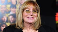 Penny Marshall's 'Laverne & Shirley' co-star Cindy Williams calls her death 'an extraordinary loss' — and other celebrity tributes