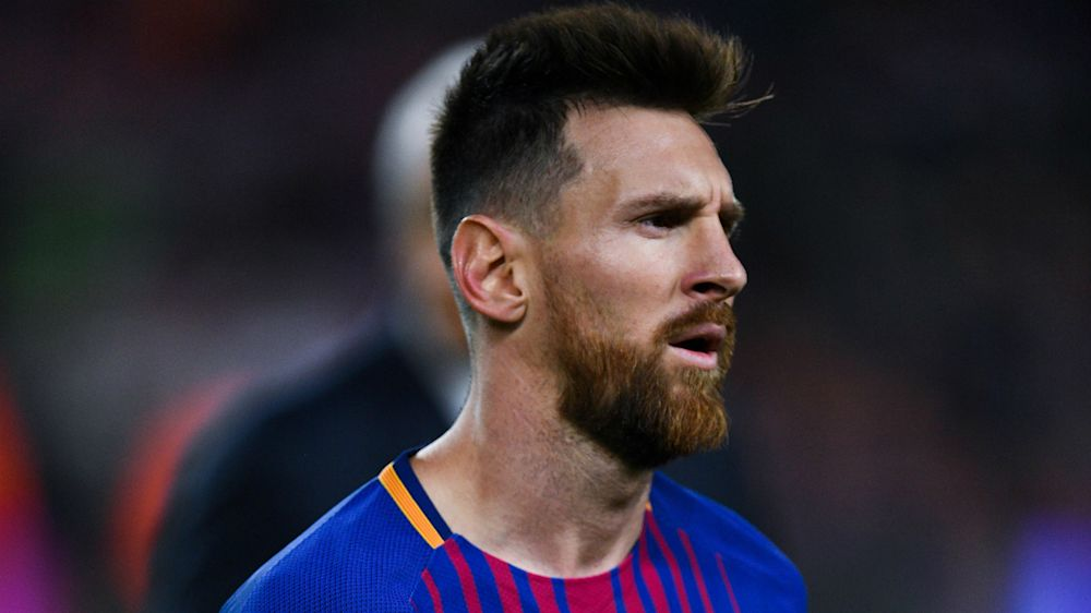Are you on loan from Man City? Messi quizzes Girona's Maffeo