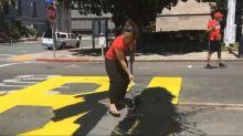 Dupla destrói mural do Black Lives Matter na Califórnia