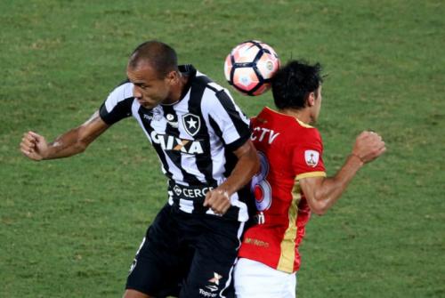 'Temido', Roger, força física... Botafogo é respeitado na Colômbia