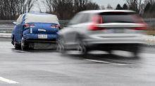 Die Autohersteller statten ihre Fahrzeuge mit immer neuen Assistenzsystemen aus. Doch eine aktuelle Studie zeigt: Die Autofahrer sind skeptisch.