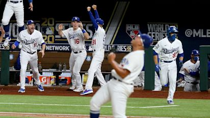 Dodger favored to repeat World Series title