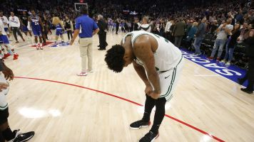 Smart's final shot won't fall as Celtics' streak ends