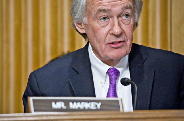 Senator wants Mark Zuckerberg to testify on Huawei data sharing