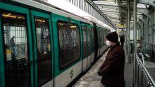 Les soignants de l'hôpital Lariboisière à Paris désormais escortés par des agents de sécurité jusqu'au métro, après des agressions