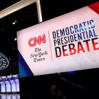 Elizabeth Warren Gets the Biden Treatment and 3 Other Takeaways From CNN/NYT Democratic Debate