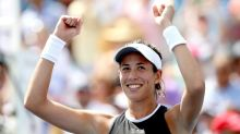 Muguruza routs would-be No. 1 Halep for Cincy title