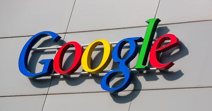 Google fights patent trolls by giving away patents