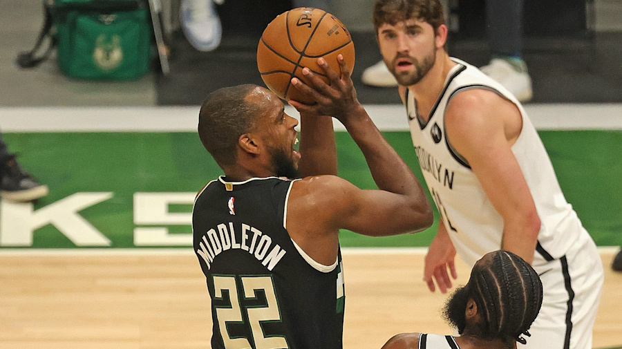 Bucks force Game 7 as Middleton torches Nets