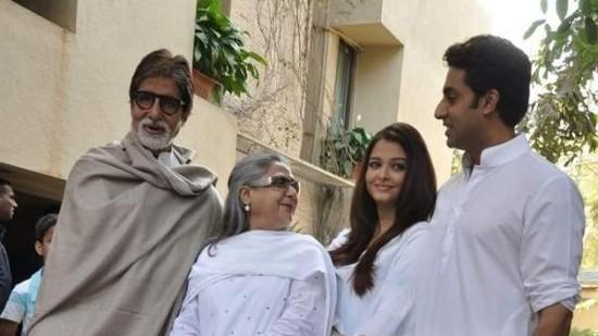 Press Conference Held By The Bachchans
