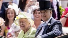 Rainha Elizabeth II está 'muito triste' após o escândalo de Andrew