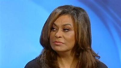 Designer Tina Knowles Brings Fashions To Essence Fest