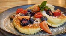 Super Fluffy Soufflé Pancakes
