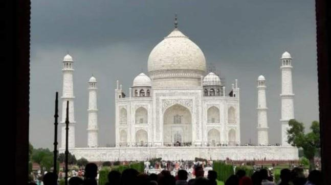 Taj Mahal entry to be free for 3 hours on Monday, huge crowd expected