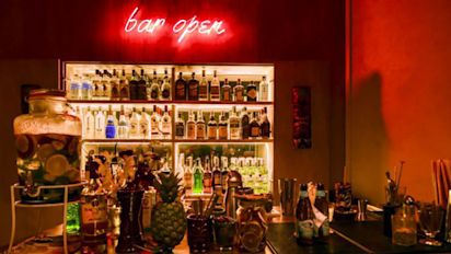 There's a new Hawaiian-themed bar at Amoy St