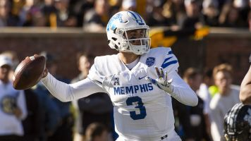 Memphis QB gets sixth year of eligibility
