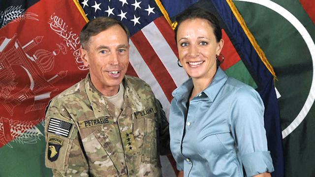 Petraeus mistress cleared of cyber-stalking