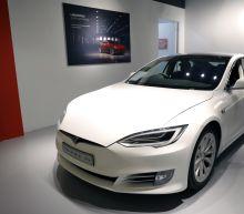 Tesla Reduces Model S, Model X Production Hours; Shares Drop