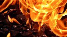 Breaking: Fire breaks out in Karol Bagh's Gaffar market