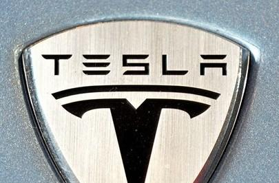 Tesla announces the Model S: a $60k, all-electric, five passenger sports sedan