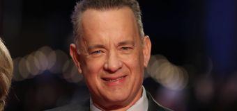 Tom Hanks sings 'Happy Birthday' to a fan