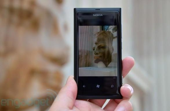 Nokia Lumia 800 and 710 to get limited Latin American release in early 2012