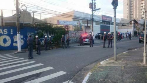 Após briga, Polícia prende torcedores do Santos em Santo André
