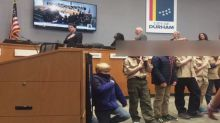 Cub Scout sparks controversy, takes a knee during Pledge of Allegiance at city council meeting