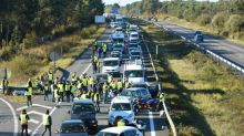 Fresh clashes in French fuel price protests