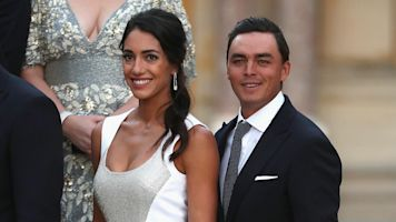 Fowler, Stokke tie the knot in beach wedding