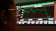 Ibovespa recua com realização de lucros e fraqueza em balanços