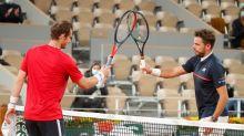 Wawrinka aplasta a Murray en esperado encuentro de primera ronda en Abierto de Francia