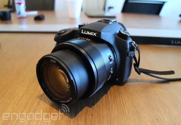 Panasonic's Lumix FZ1000 is a camera that wants to do it all