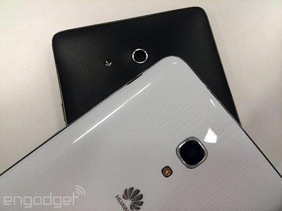 Huawei Ascend Mate 2 snapped with its predecessor, said to keep 720p panel