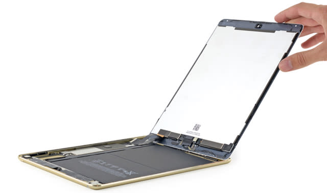 iFixit teardown of iPad Air 2 reveals 2GB of RAM, smaller battery