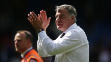Sam Allardyce resigns from Crystal Palace and retires from football
