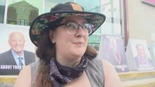Penticton residents stage sidewalk sit-in to protest new bylaw