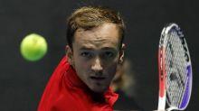 Medvedev through to St Petersburg semis