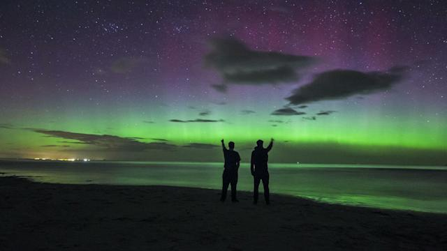 Incredible Timelapse Of The Northern Lights Over England