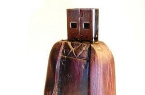 Ned Kelly thumb drive for the bushranger in your life