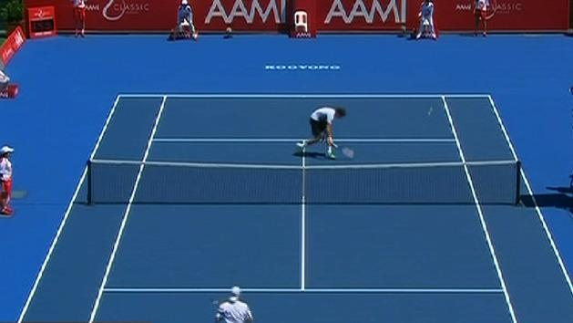Hewitt, Tomic account for opponents