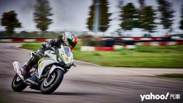 日常騎乘無負擔、飆上賽道更帶勁!2020 Honda CBR500R麗寶卡丁賽道試駕!