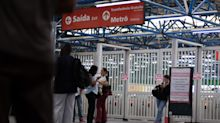 Professor caí de escada, bate cabeça e morre em estação do metrô de SP