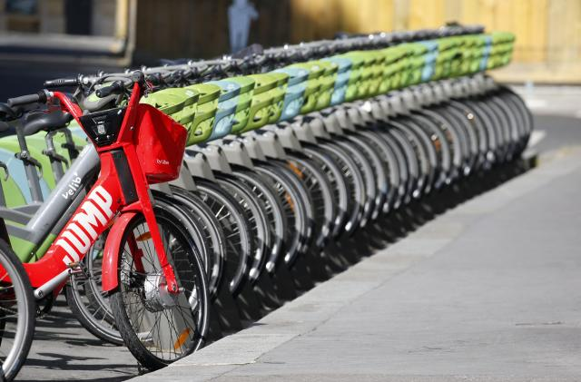Uber sends thousands of Jump e-bikes to the recycling heap