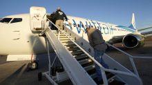 El gran negocio de los vuelos con inmigrantes deportados por EEUU