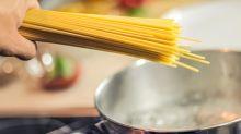 Dieser simple Küchen-Hack revolutioniert das Nudelkochen